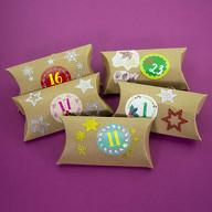 68 Sterne Sticker Aufkleber Glitzernd Funkelnd Weihnachtsdeko Weihnachtssterne - gold