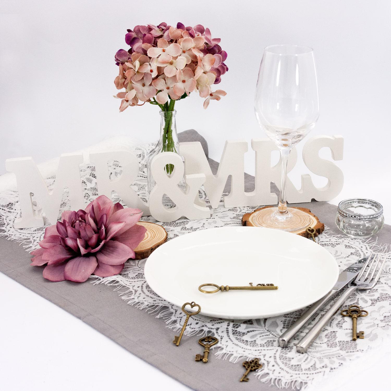 mr mrs deko buchstaben holzbuchstaben hochzeit dekoration holz. Black Bedroom Furniture Sets. Home Design Ideas