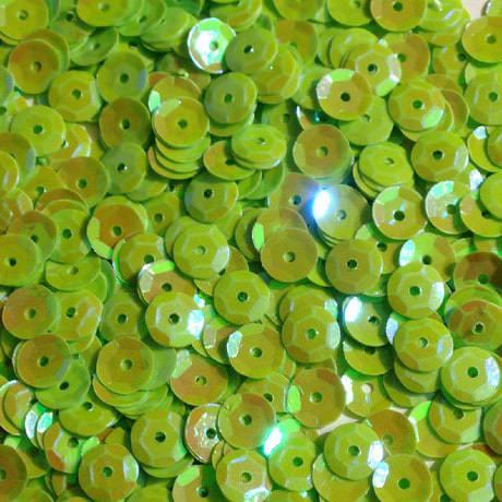 1400 Pailletten Konfetti gewölbt - hellgrün irisierend