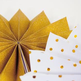 8 Papier Fächer Deko Rosetten Hochzeit Jubiläum Geburtstag Party gold