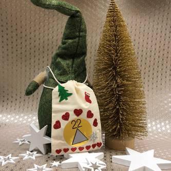 Weihnachtsmann Winterlicher Zwerg Gnom Tischdeko Weihnachtsdeko - grün