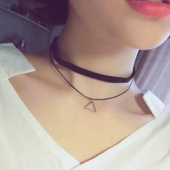 Damen Hals Kette Halsband Punk Collier Choker schwarz silber - Dreieck Anhänger