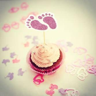 10 Konfetti Baby Füßchen für Mädchen Baby Shower Deko Geburt - rosa